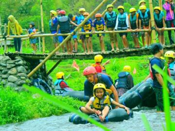 Selling: Malang Bromo river tubing