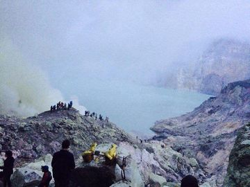 Selling: Gunung Bromo & Kawah Ijen
